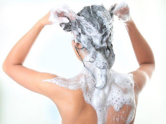 7bd7490145cfb0fef8bc9a1e67107069 - Qual a Diferença Entre Shampoo Transparente e Shampoo Perolado?